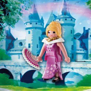 Princesse avec éventail