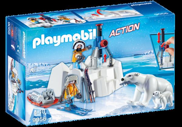 Explorateurs avec ours polaires