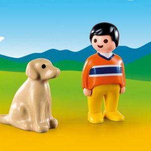 Garçon avec chien
