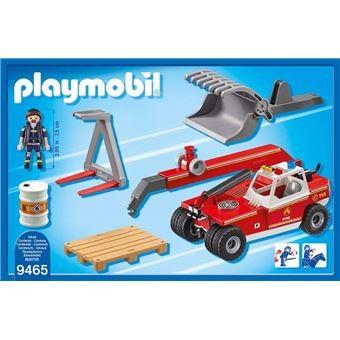 Pompier avec véhicule et bras téléscopique