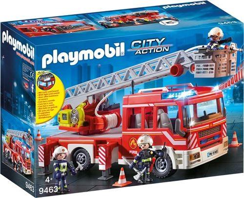 Camion de pompiers avec échelle pivotante